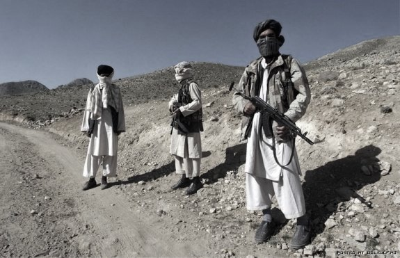 afgan highway scene