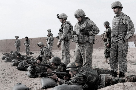 US soldiers and Afghan trainees